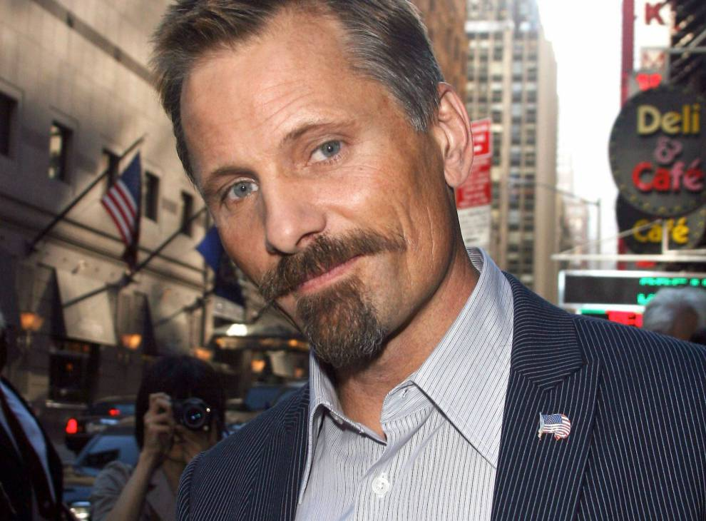 896-viggo-mortensen-a-new-york-en-2007-990x730 -2